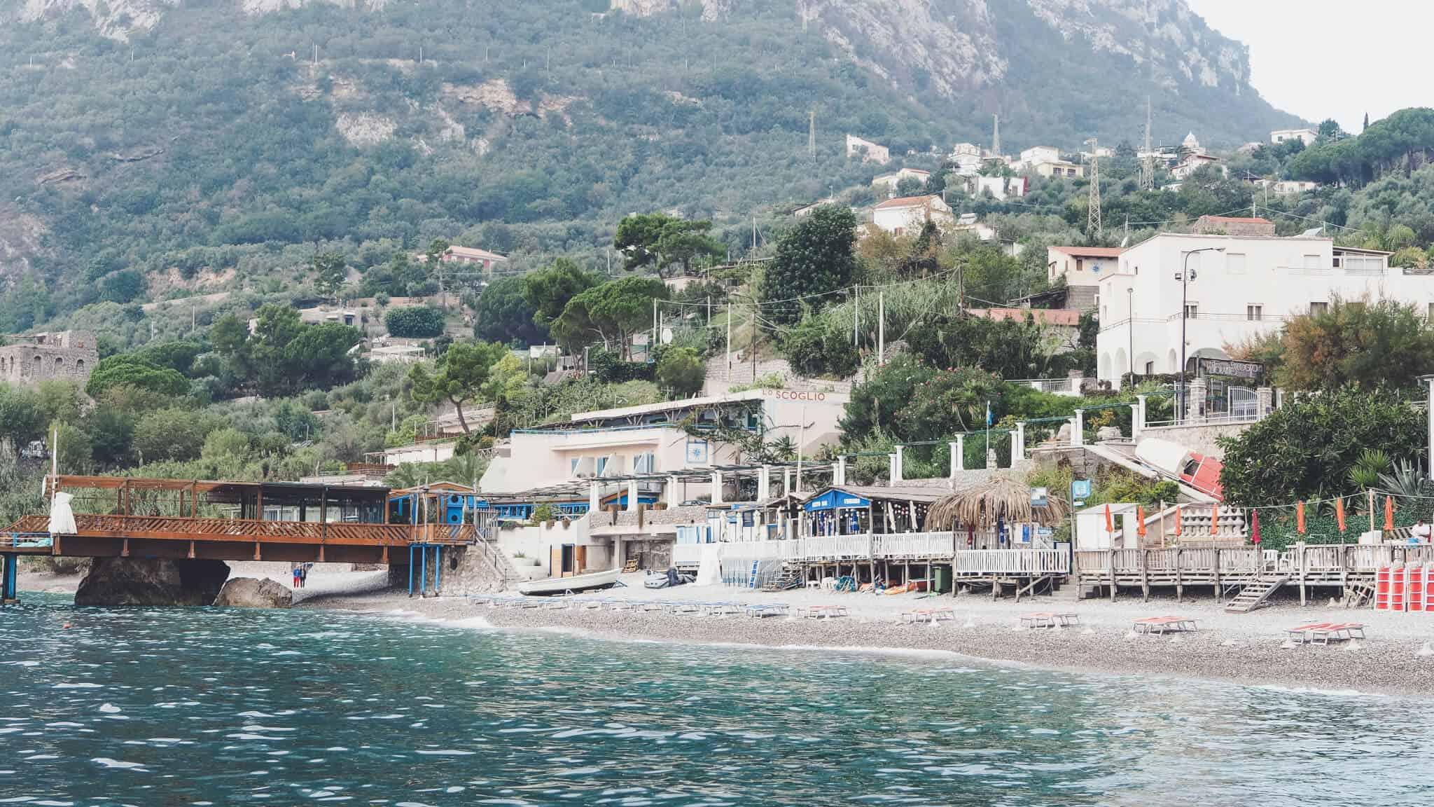 amalfi-coast-bay