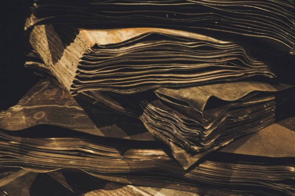 kiefer-anselm-stack-of-paper