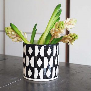 Black and white pattern vase Chabi Chic