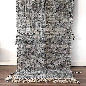 moroccan-black-white-zigzag-rugmoroccan-black-white-zigzag-rug
