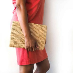 natural straw clutch bag