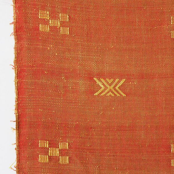 orange-moroccan-rug-motif-closeup