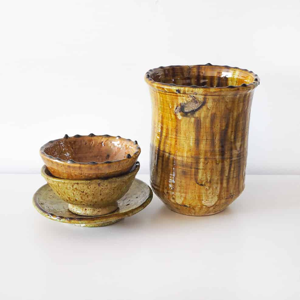Yellow tamegroute pottery