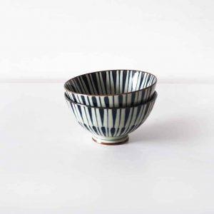Patterned ceramic bowls