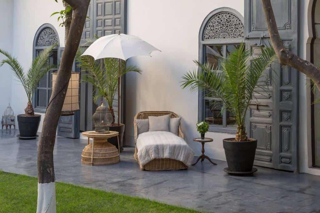 Riad Tarabel outdoor area